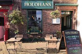 Repas traditionnel au Holohans Pantry