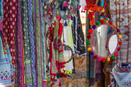 The hippie markets