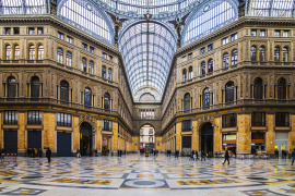 Meander around the Umberto I gallery