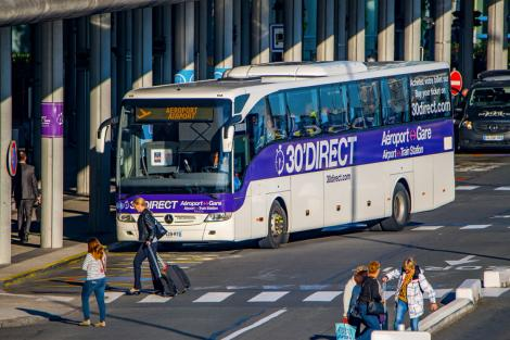 30'Direct airport-train station shuttle service