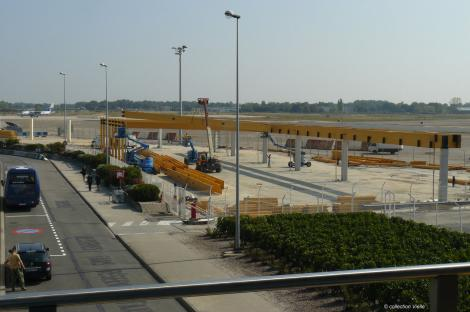 third terminal for low-cost carriers