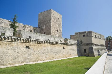 Explore a Norman-Swabian Castle